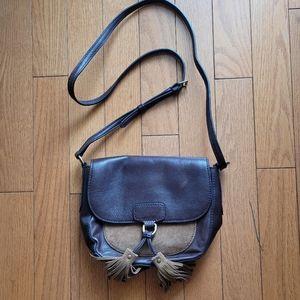 Frye Clara Saddle Fringe Leather Crossbody (Brown)
